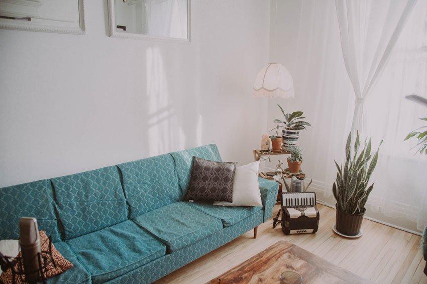 old-sofa